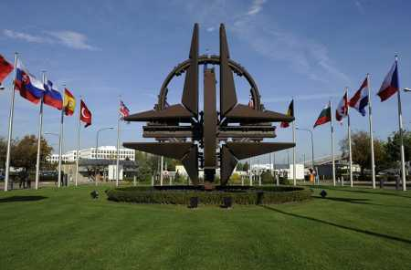 PM, FM make contradictory remarks on NATO issue