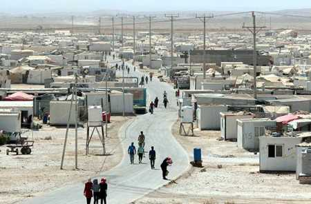 PM urges EU to channel funds to refugee camps